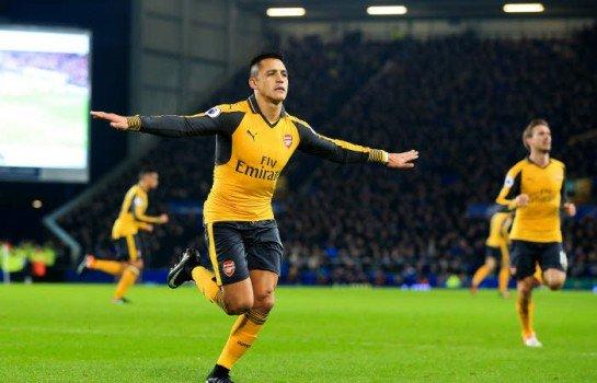 Arsenal : Alexis Sanchez entre le PSG et l'Atletico Madrid