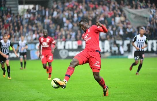 Lyon : Diakhaby surveillé par le Barça !