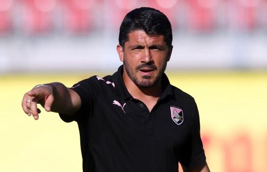 Gennaro Gattuso remplace Vincezo Montella sur le banc de l'AC Milan.
