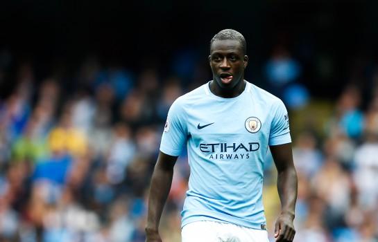 Man City - Guardiola calme les ardeurs de Benjamin Mendy
