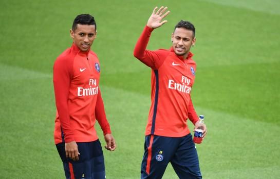 Neymar reçoit de la visite au Brésil — Mercato / PSG