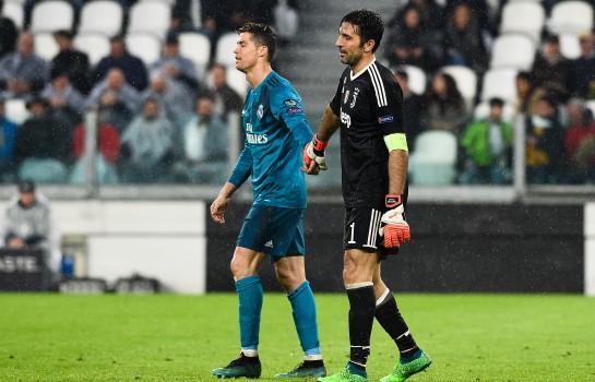 Cristiano Ronaldo adresse un message au portier italien Gianluigi Buffon