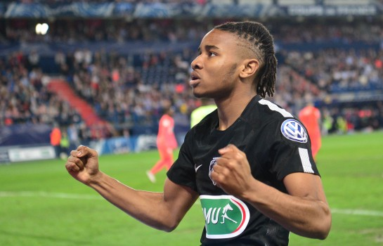 Christopher Nkunku terminera la saison en cours au PSG malgré les sollicitations d'Arsenal.