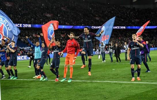 Daniel Alves - PSG Champion de Ligue 1