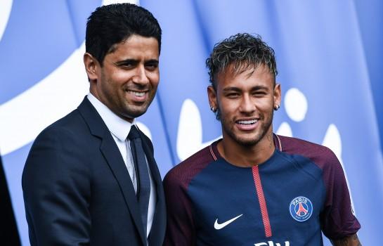 Nasser Al-Khelaïfi, président du PSG, et son joueur Neymar.