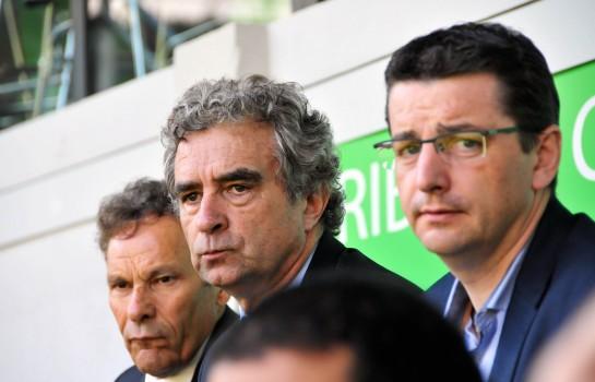 Gaël Perdriau (en lunette), président de SEM et les dirigeants de l' ASSE.