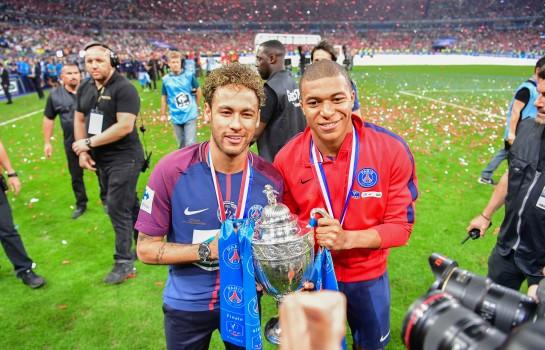 Kylian Mbappé et Neymar, coéquipiers au PSG.