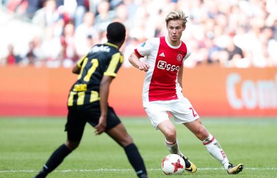 Frenkie De Jong, milieu de terrain néerlandais de l'Ajax Amsterdam.