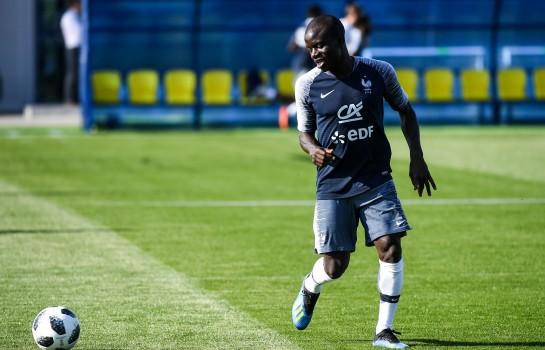 La participation de N'Golo Kanté au match contre la Turquie est très incertaine selon Deschamps