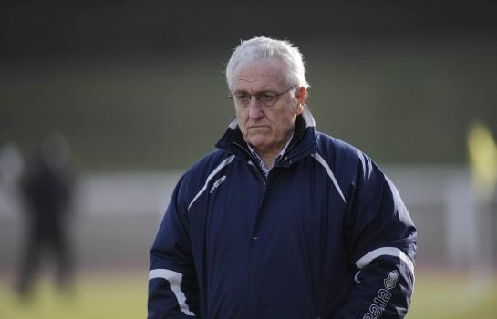 Robert Nouzaret, ancien coach de l' ASSE tacle Romeyer et Caïazzo.