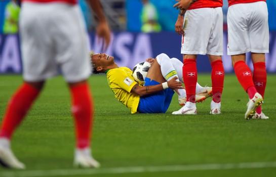 Neymar ne tient pas Neymar pour un simulateur