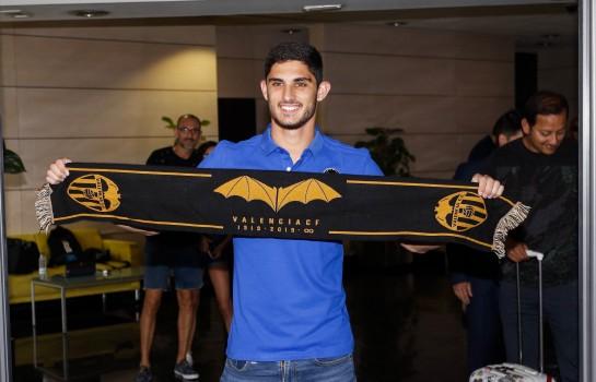 Gonçalo Guedes a quitté définitivement le PSG pour rejoindre Valence.