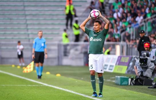 Timothée Kolodziejczak évoque le match PSG-Asse 4-0