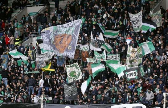 Les supporters de l 'ASSE sont interdits au derby à Lyon.