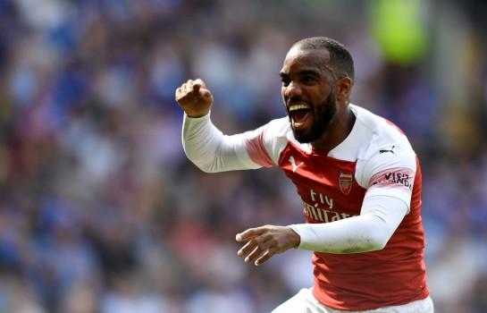 Arsenal ne veut perdre ni Lacazette ni Aubameyang