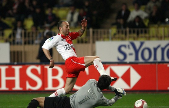 Javier Chevanton, ex-attaquant de l'AS Monaco croit en Thierry Henry.