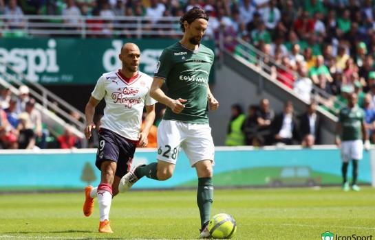 Neven Subotic blessé au visage par le gardien de but de l' ASSE, Stéphane Ruffier.