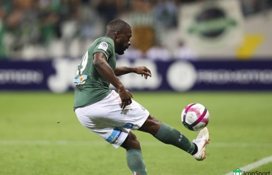 Yannis Salibur, milieu offensif de l'EA Guingamp en prêt à l'ASSE.