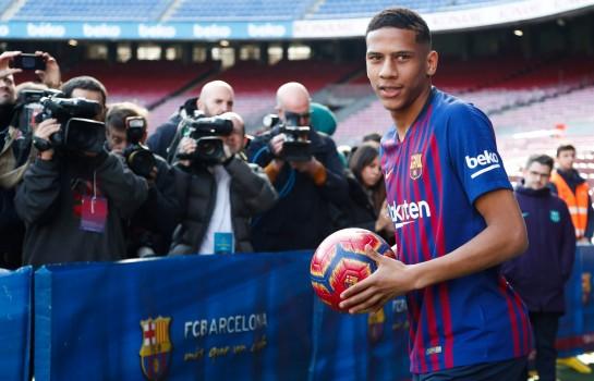 Jean-Clair Todibo, défenseur central du FC Barcelone.