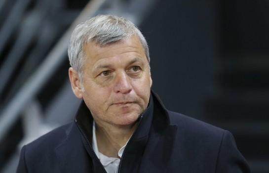 Bruno Genesio, ex-coach de l' OL annonce vers Newcastle.