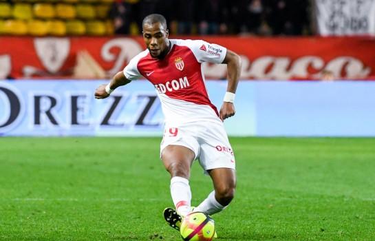 Djibril Sidibé courtisé par l'Inter Milan pour cet été.