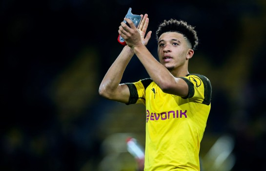 Jadon Sancho, milieu offensif du Borussia Dortmund, ciblés par le PSG et Manchester United.