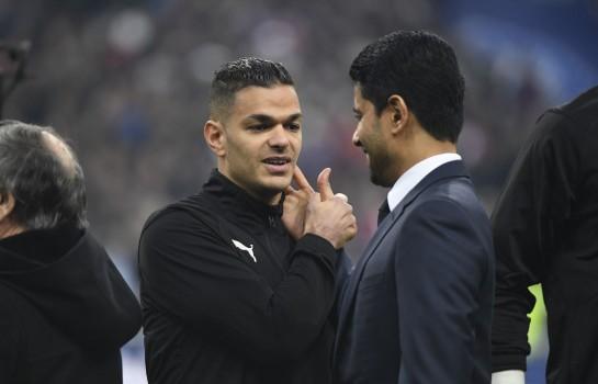 Poignée de main entre Hatem Ben Arfa et Nasser Al-Khelaïfi lors de la finale de la Coupe de France entre le Stade Rennais et le PSG.