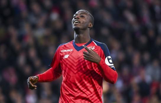 Nicolas Pépé pourrait rejoindre le PSG l'été prochain.