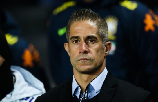 Sylvinho, futur entraineur de l' OL.