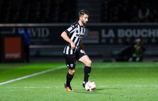 Yoann Andreu, défenseur d'Angers SCO formé à l' ASSE.