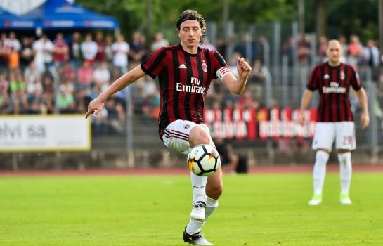 Riccardo Montolivo quitte l' AC Milan.