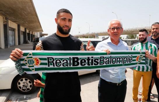 Nabil Fekir a quitté l' OL pour signer au Betis Séville.
