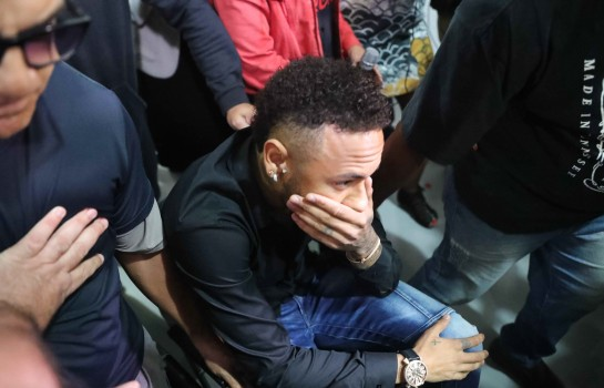 Neymar veut quitter le PSG pour retourner au Barça.