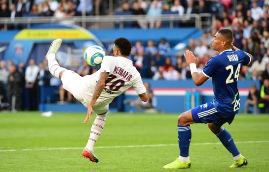 Neymar a inscrit l'unique but du PSG face à Strasbourg.