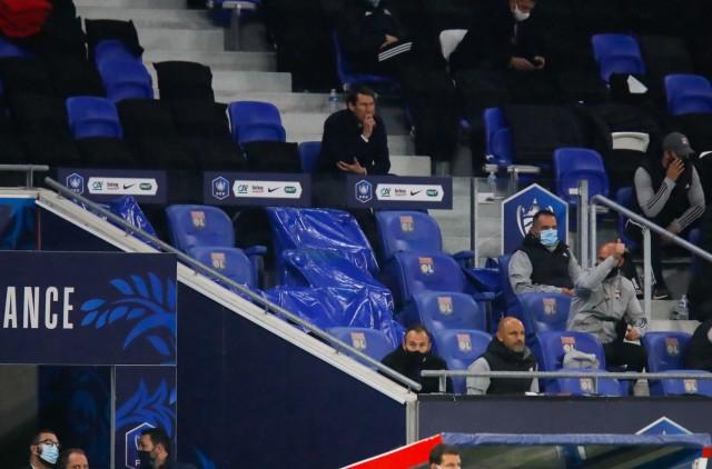 Rudi Garcia dans les tribunes contre Monaco