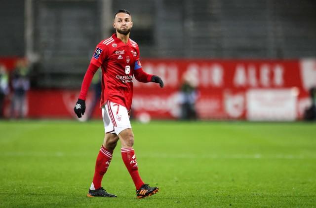 Haris Belkebla vers la sortie au Stade Brestois