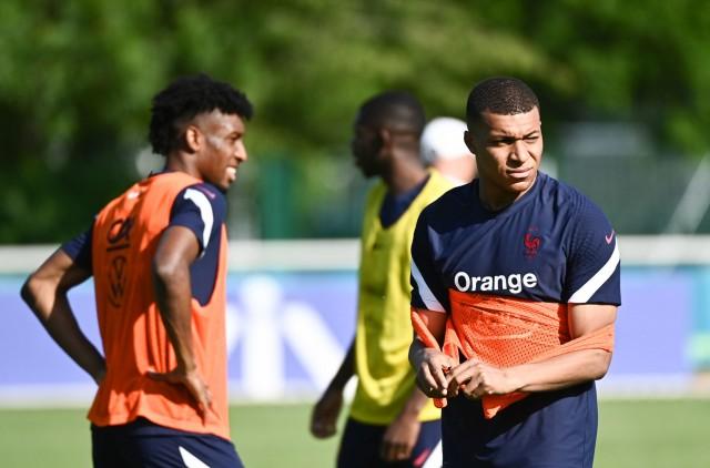 Pas de JO pour Kylian Mbappé retenu par le PSG