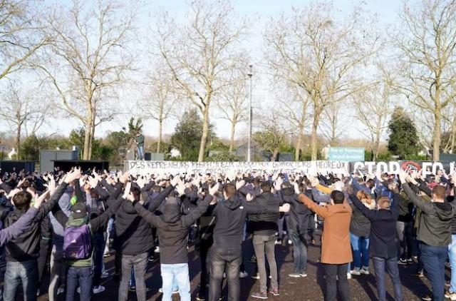 les supporters du fc nantes en colère contre kita
