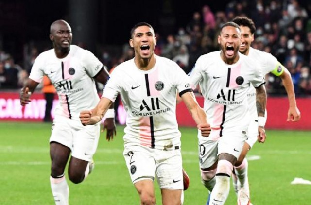 Achraf Hakimi en feu avec le Paris Saint-Germain