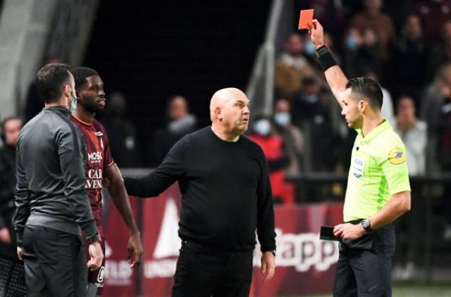 Frédéric Antonetti expulsé contre le PSG