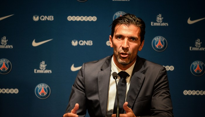 psg mercato buffon d voile le r le de matuidi dans sa venue. Black Bedroom Furniture Sets. Home Design Ideas
