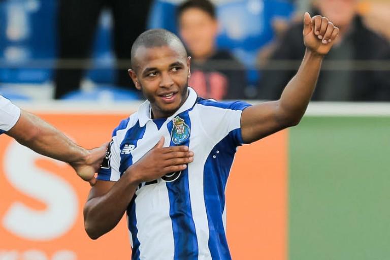 Une grosse prime à la signature et un gros salaire de l' OM pour Yacine Brahimi, en fin de contrat avec le FC Porto ?