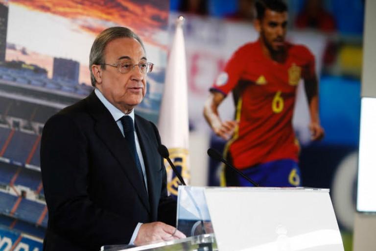 Florentino Pérez, président du Réal Madrid, en conférence de presse.