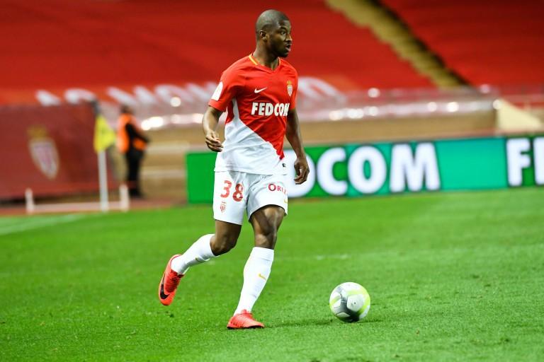 Almamy Touré transféré à l'Eintracht Francfort.