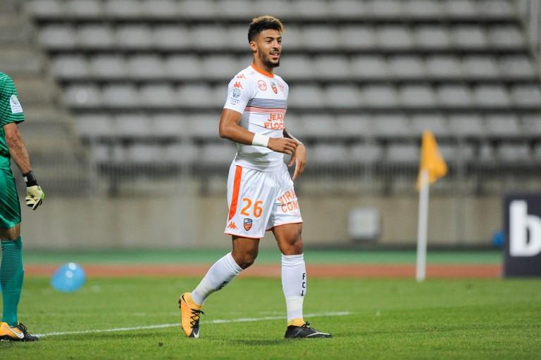 Denis Bouanga a signé à Nîmes Olympique.