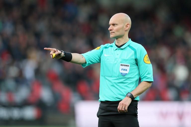 Tony Chapron s'est illustré lors de la défaite du FC Nantes face au PSG (0-1).