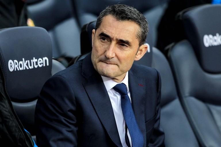 Ernesto Valverde sur le banc du FC Barcelone.