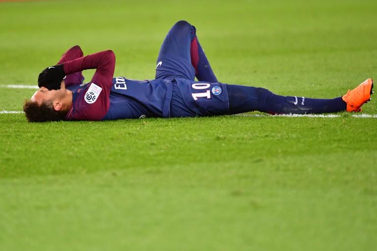 Roberto Carlos voit la main de Dieu dans la blessure de Neymar