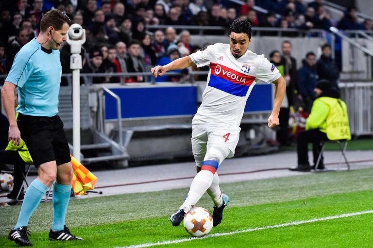 Rafael dans le groupe de l' OL contre Angers SCO.