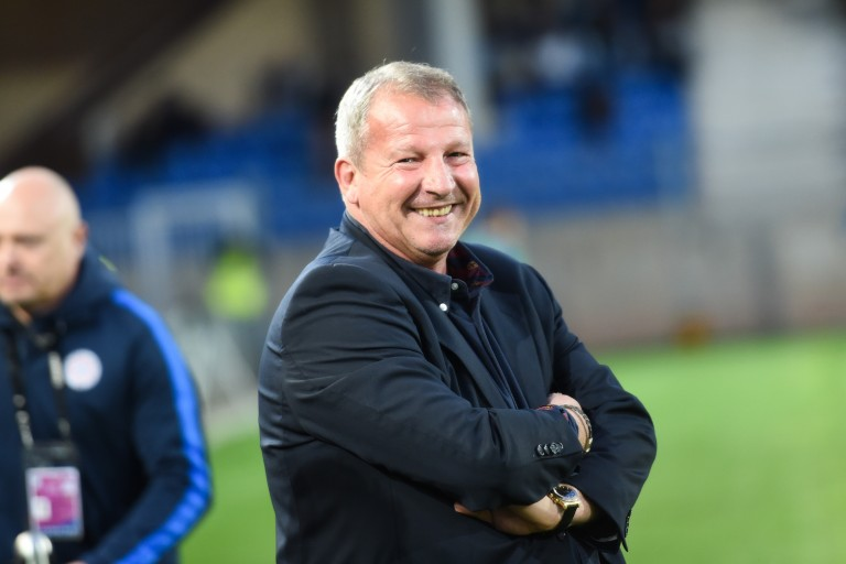 Rolland Courbis est intéressé par le poste d'entraineur du Dijon FCO.